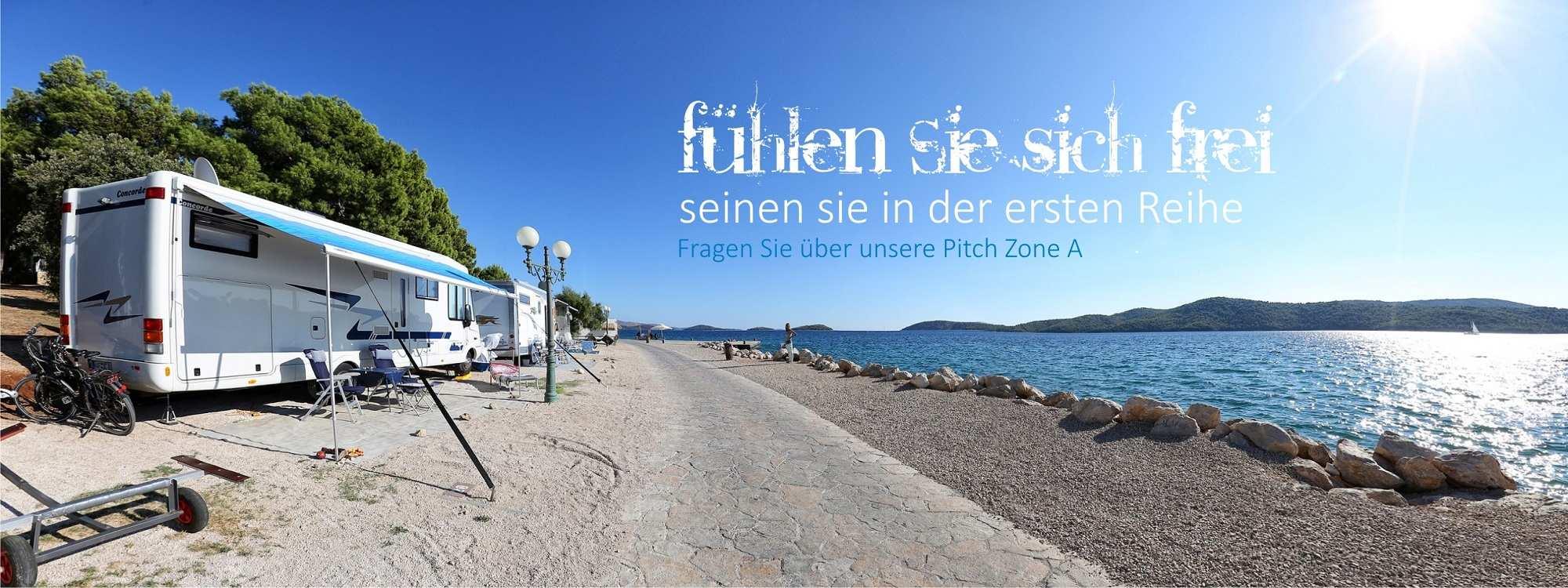 Solaris_camping_beach_resort_kroatien_pitch_zone_a_erste_reihe_gleich_neben_dem_meer-1
