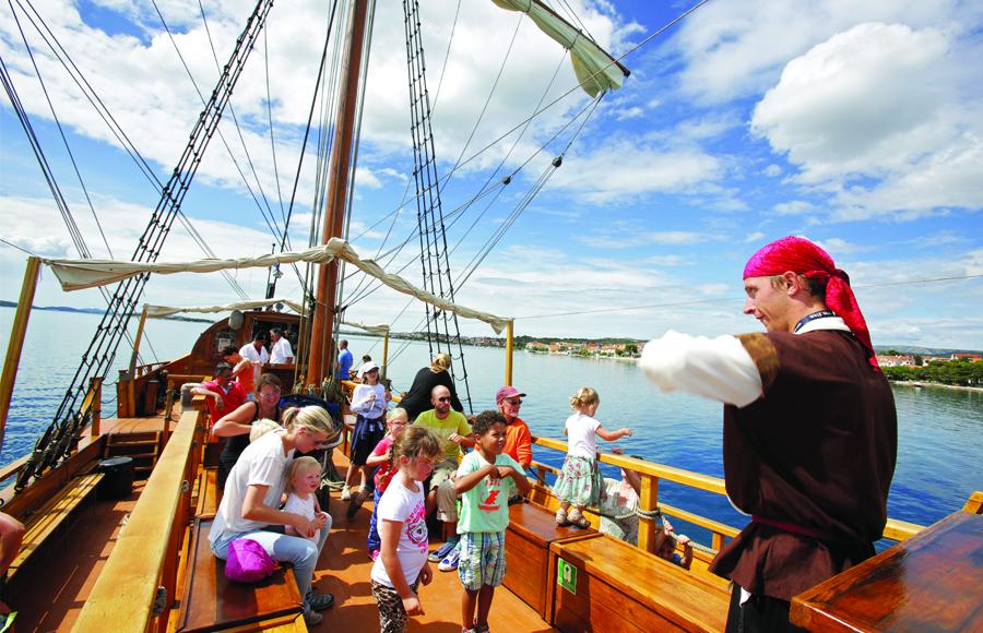Pirate_excursions_solaris_beach_resort_02